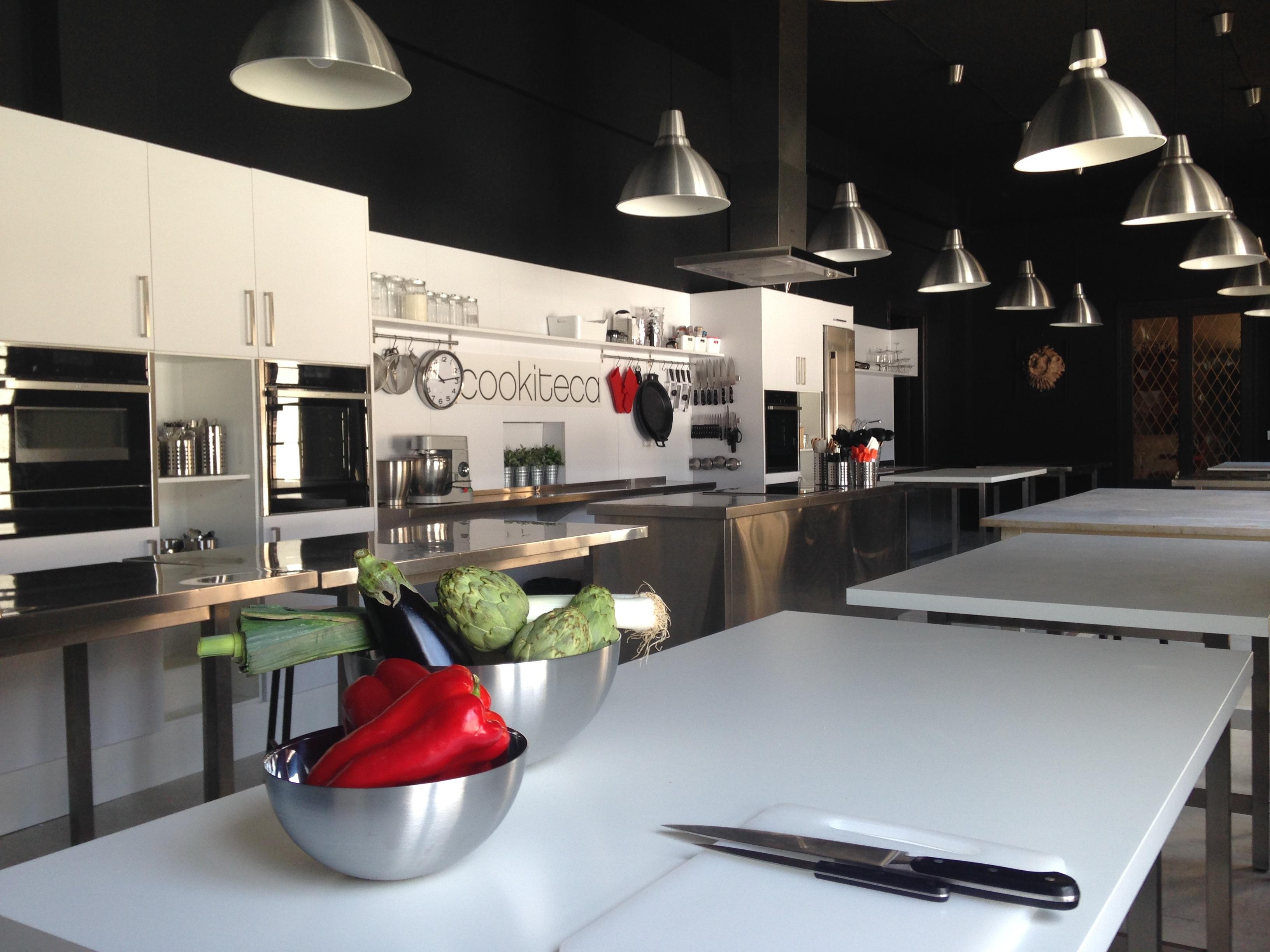 Alquiler de espacios cookiteca - Menaje cocina barcelona ...